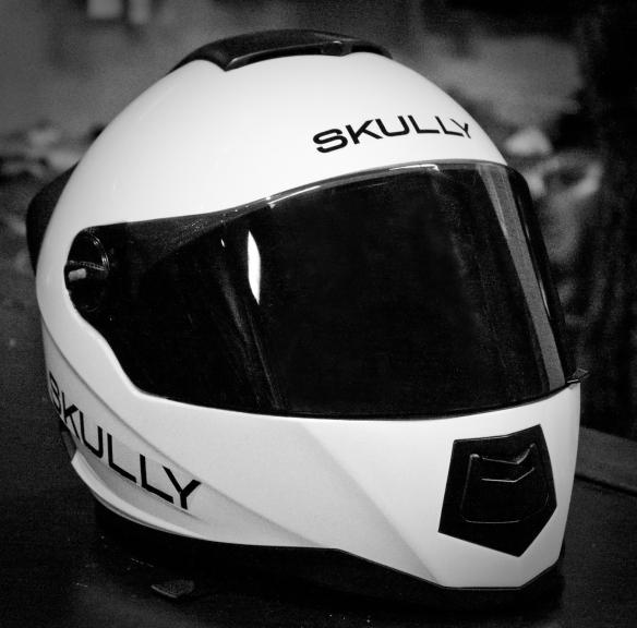 Skully Helmet - B&W